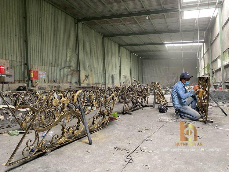 Xưởng sản xuất của sắt mỹ thuật Huỳnh Gia An