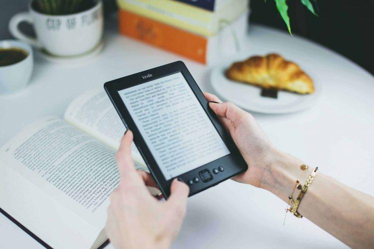 Sách ebook Luật Giao thông đường bộ và văn bản hướng dẫn